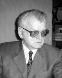 Возглавлял больницу В.Н. Козырев.